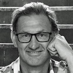 2020 - Tony Adams MBE photo